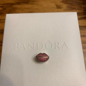 Pandora lips charm